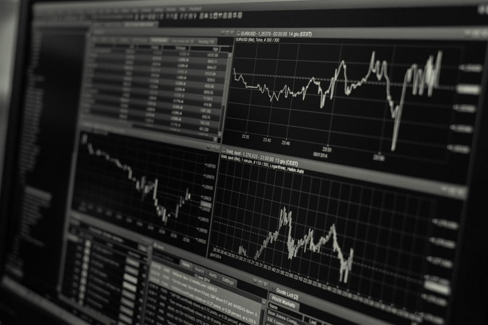 Jakie są różnice pomiędzy giełdą, a inwestycjami na Forex?