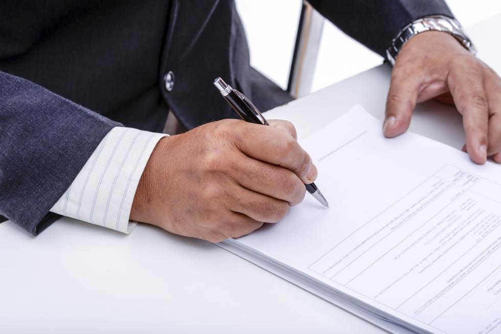 Najważniejsze punkty umowy kredytowej, októrych zapominamy