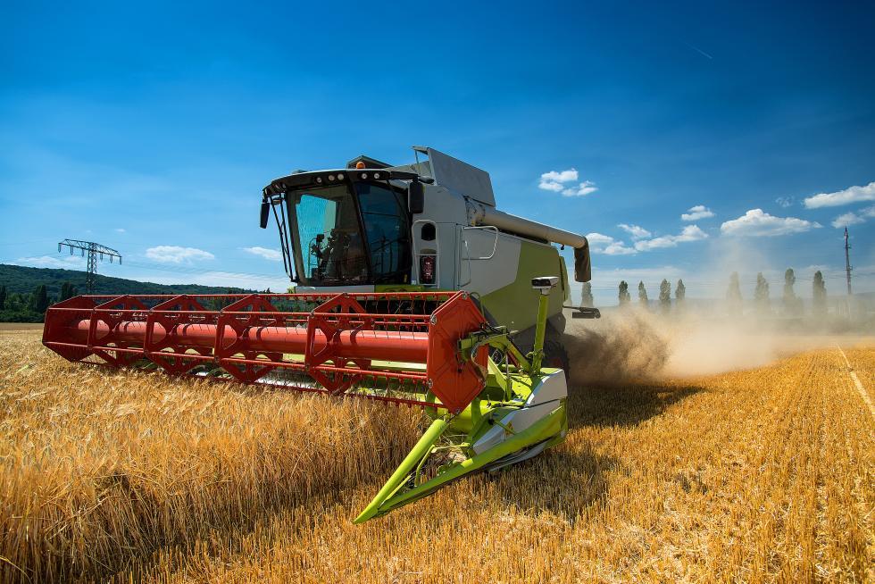 Maszyny rolnicze zimą – przechowywanie ikonserwacja