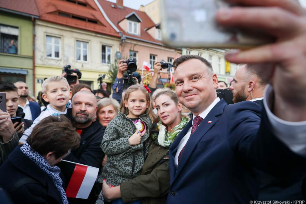 Pierwszy raz whistorii - Prezydent RP Andrzej Duda wŚrodzie Śląskiej - fotorelacja