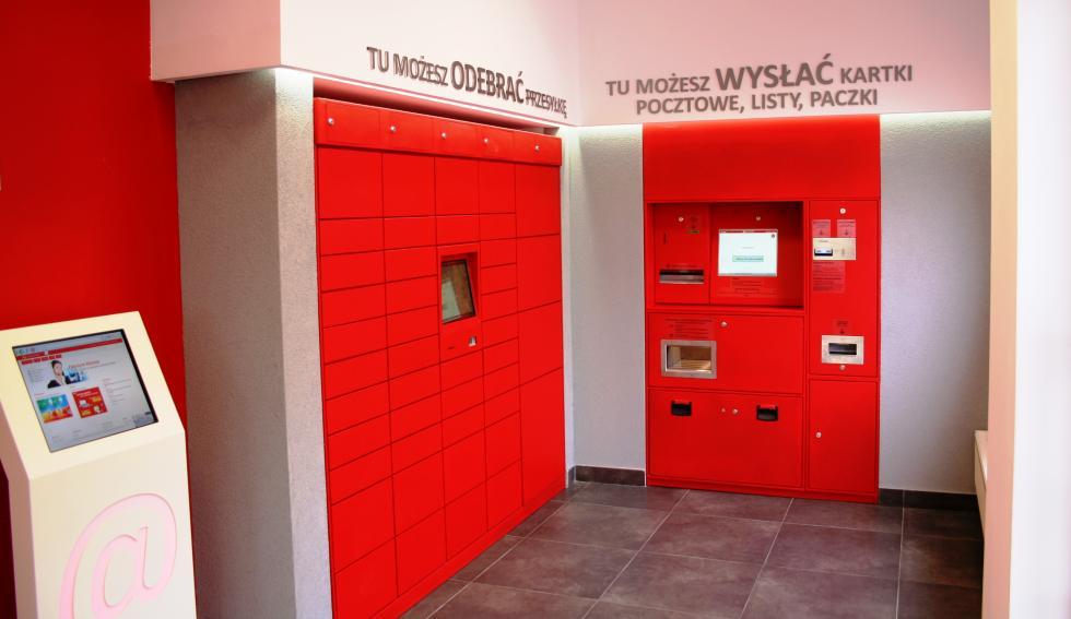Poczta Polska rozbudowuje sieć zewnętrznych automatów doodbioru przesyłek